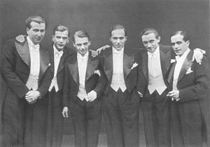 Comedian Harmonists 300px-Ch1930